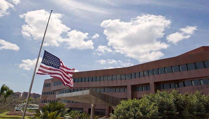 Urge pararle el trote a la embajada gringa, por Carlos E. Lippo