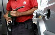 Detendremos, con el precio internacional de la gasolina, el desangre de 18 mil millones de dólares que se roba Colombia cada año