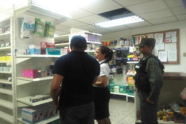 Esto le pasó a una farmacia ladrona en Barinas!!!