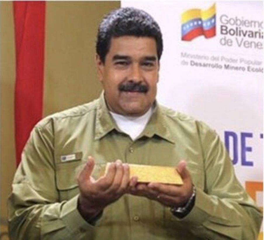Los gobiernos colombianos son los más arrastrados y cabrones del planeta...