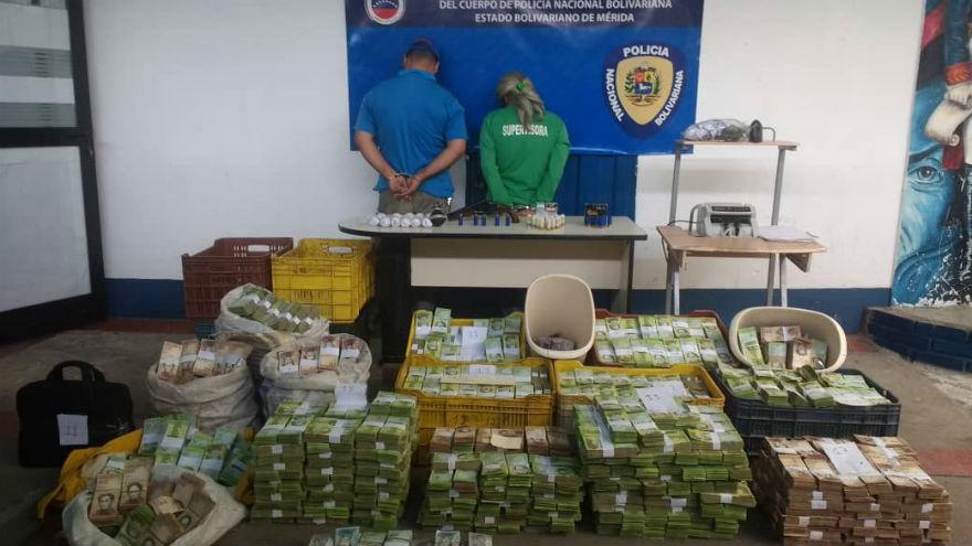 IMPORTANTE ! Tres detenidos un arma de fuego y efectivo incautados en Mercado Mayorista de Mérida