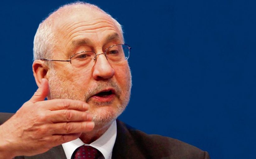 """Joseph Stiglitz: """"Las medidas de Macri impondrán un alto costo a la gente común"""""""