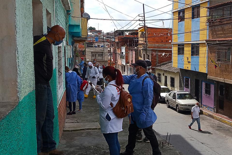 En los barrios populares de Caracas la lucha contra el coronavirus es comunitaria