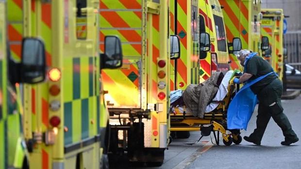 Ocurre en EE UU: Sólo llevan a los hospitales enfermos de Covid que puedan salvarse...