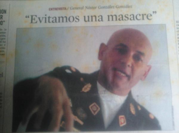 HEMEROTECA:  Cuando la derecha se caga… Así pedía cacao NÉSTOR González González, el 13-A de 2002…