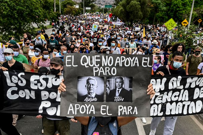 Indagando sobre la guerra a muerte contra el pueblo de los narco-paracos Uribe-Duque...